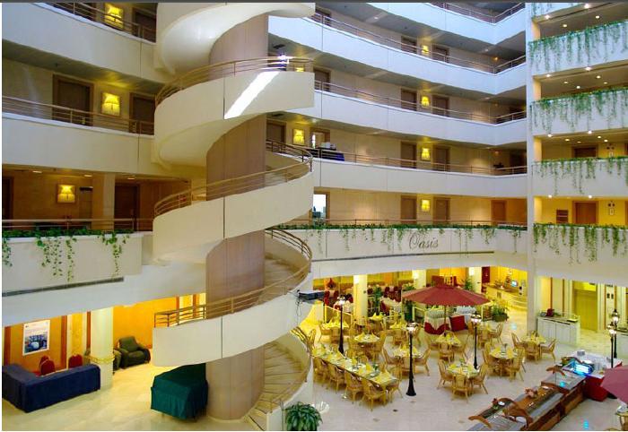 Атриум гостиницы «Ирис